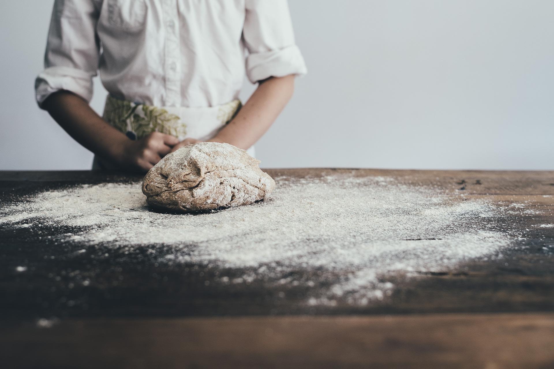 Chléb: upečte si raději vlastní. Poradíme, jak na to