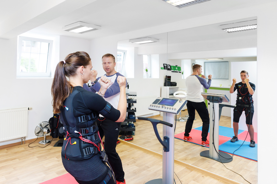 Ukázka cvičení EMS, které trvá 20 minut
