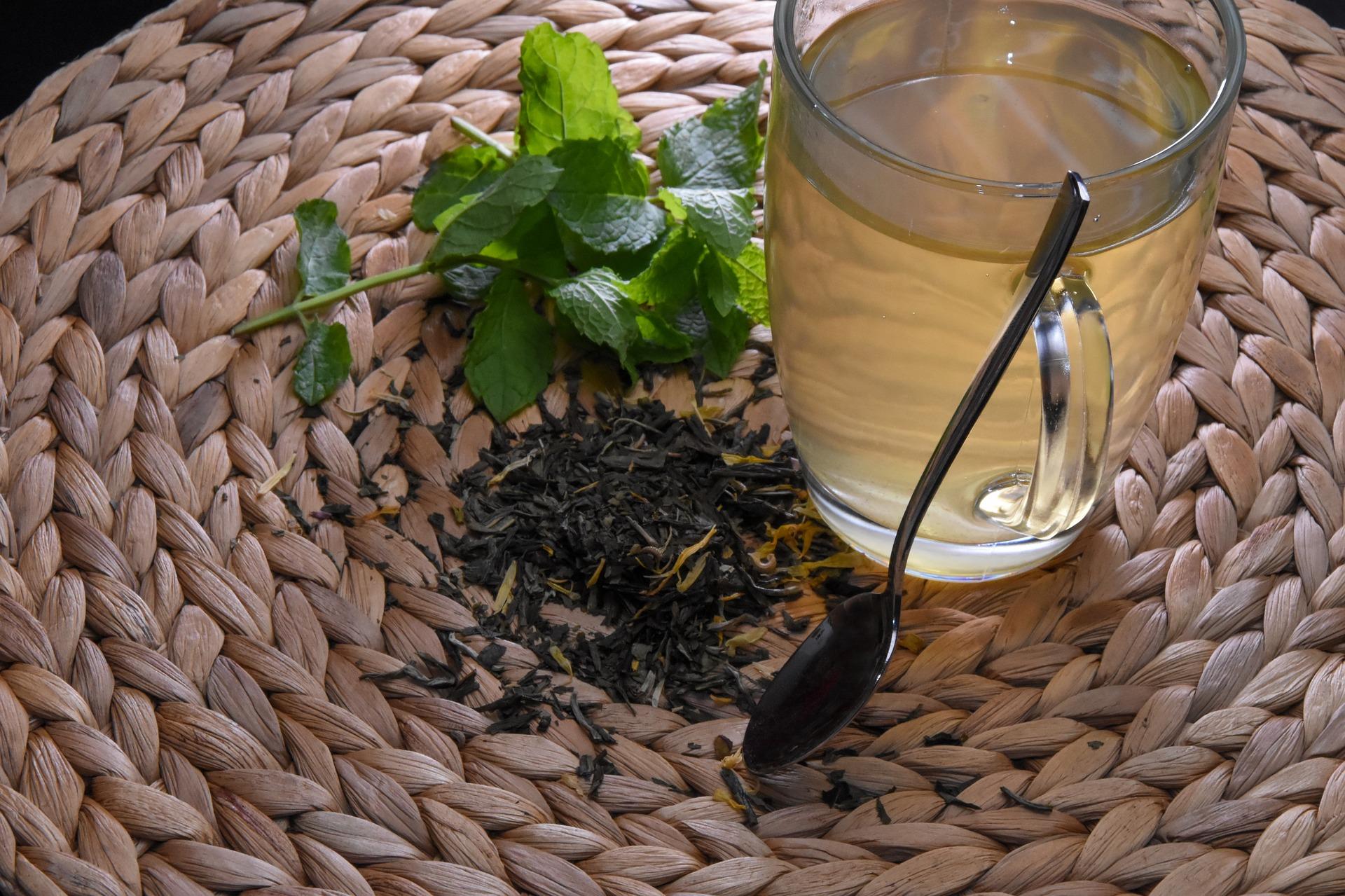 Doporučujeme: Kvalitní čaje na zahřátí a podporu hubnutí
